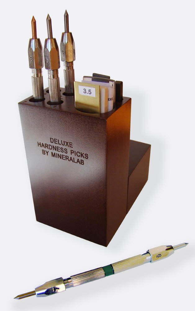 Mineral Identification Kit in Wooden Case